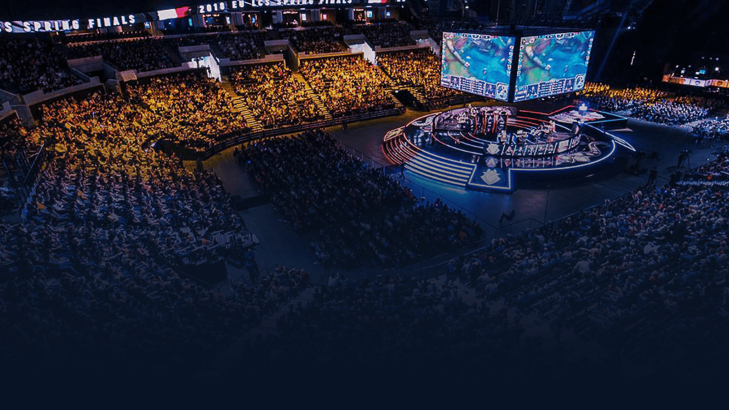 Picture of an stadium at its full capacity, in the middle of a League of Legends eSports Tournament.